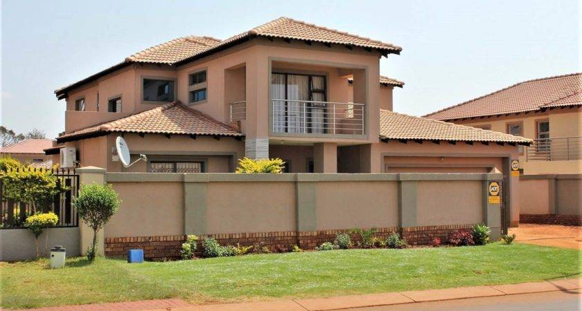 Akasia Orchards Property Houses Sale