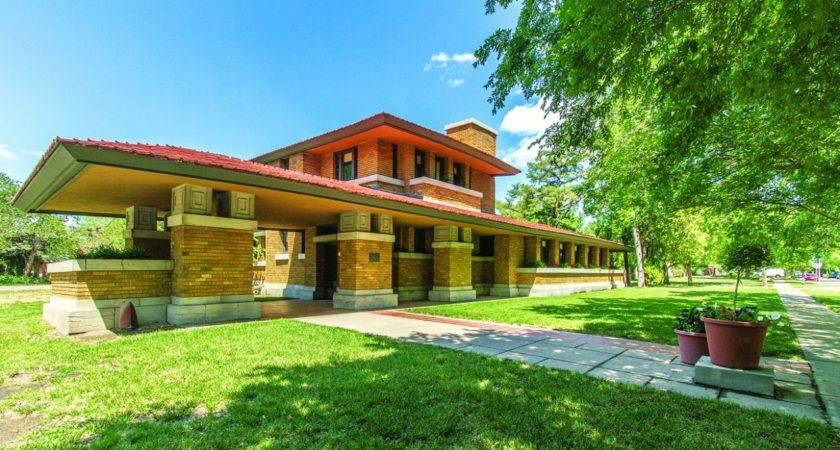 Amazing Frank Lloyd Wright Homes Can Visit