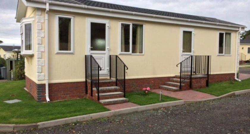 Bedroom Mobile Home Sale Weston Park Wheelock Heath