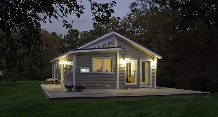 Blu Homes Prefab Home Manufacturer Comes Canada Bec Green