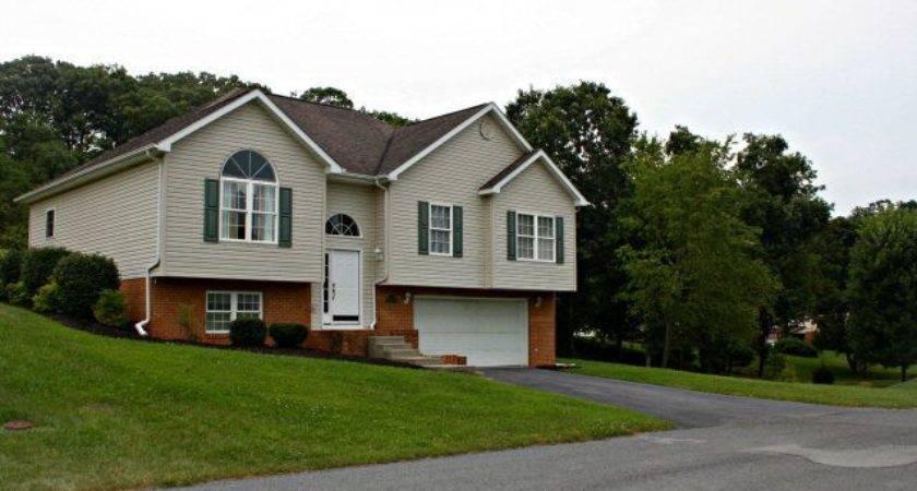 Blueridge Ave Princeton Public Property