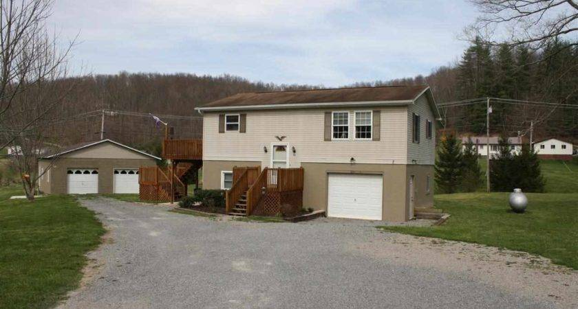 Buckhannon West Virginia Country Homes Sale