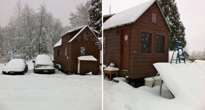 Cabin Style Compact Washington Mobile Home Two Winter