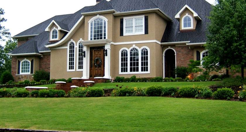 Canton Homes Offer Many Different Styles Construction
