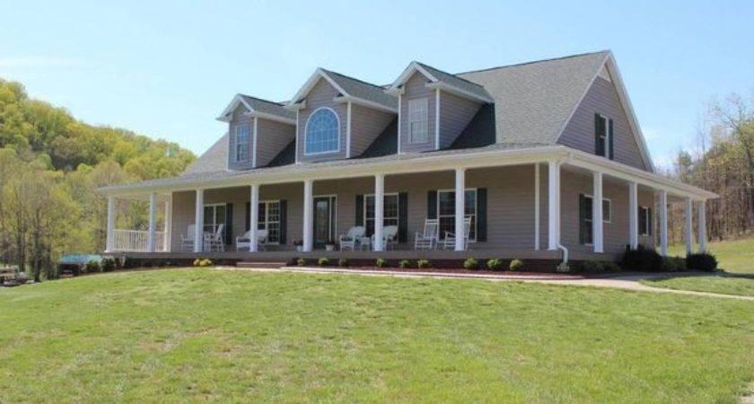 Castleman Branch Shepherdsville Home