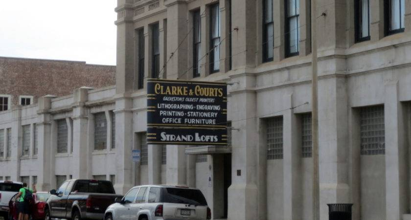 Clarke Courts Building Arch Ive