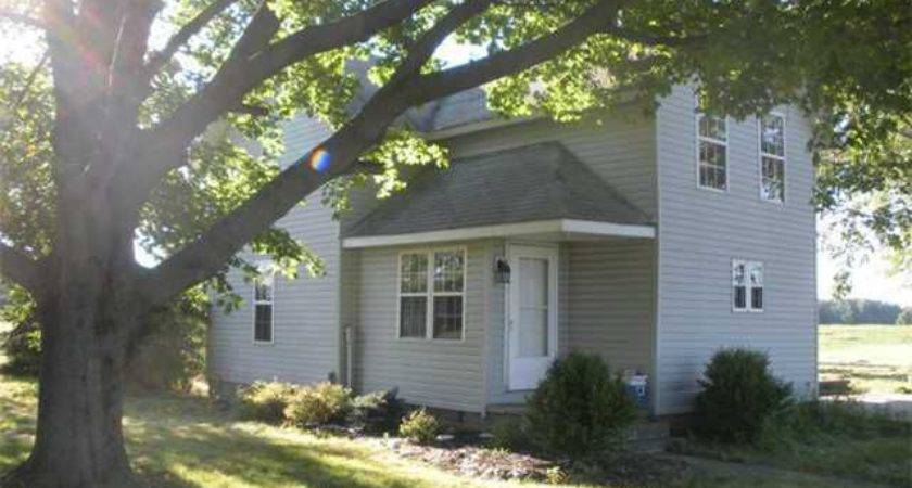 County Road Bryan Home Sale