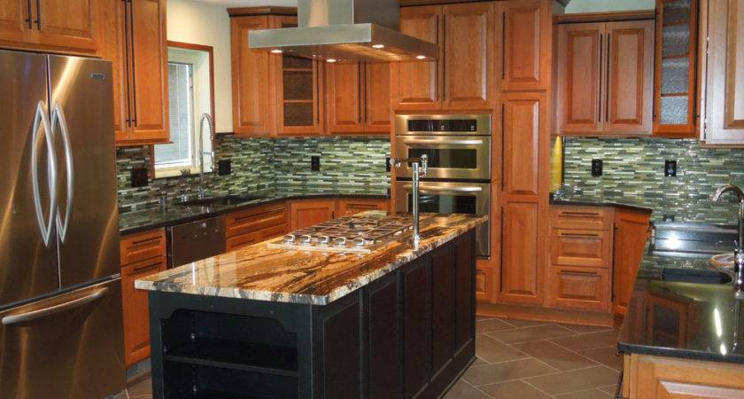 Custom Kitchen Remodeling Modern Design Atmosphere