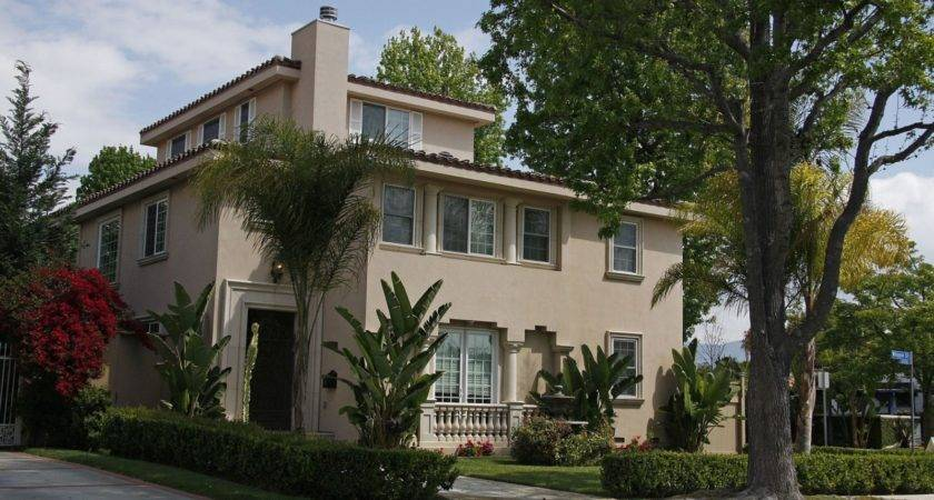 Demi Lovato New House Purchased