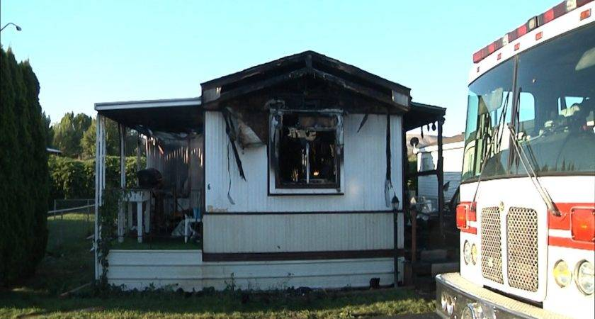 Early Morning Mobile Home Fire Leaves Couple