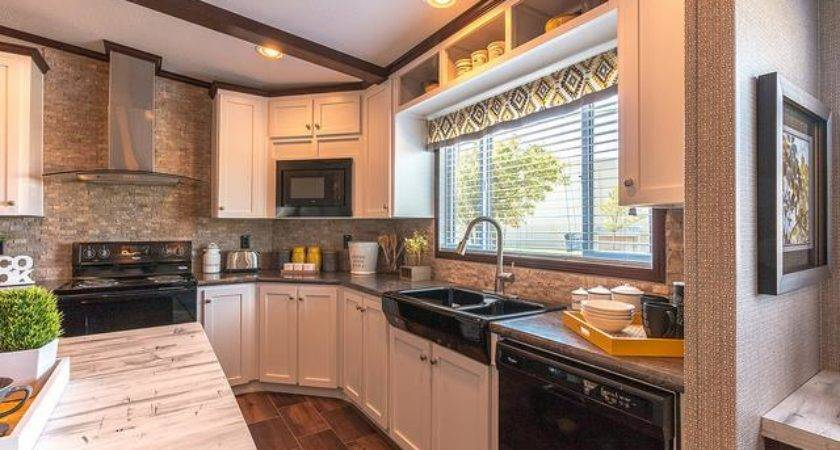 Featured Manufactured Home Arlington Palm Harbor
