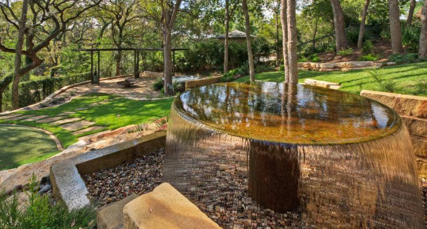 Glorious Outdoor Rock Water Fountains Decorating Ideas