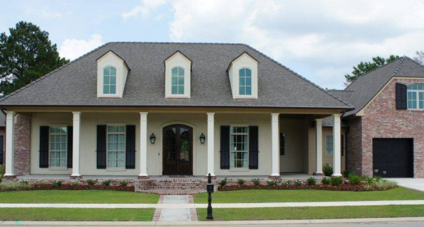 Greatwood Homes Custom Home Builder House