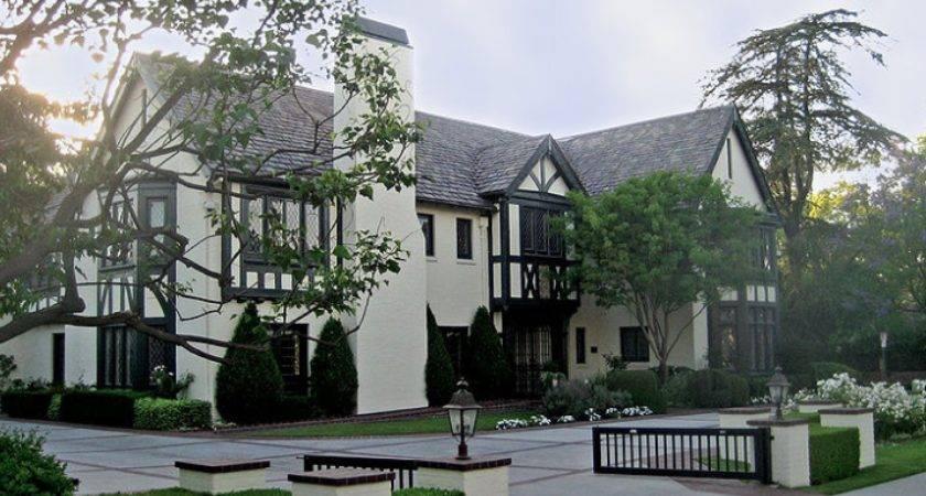 Hancock Park Real Estate Agent Homes Apartments Sale