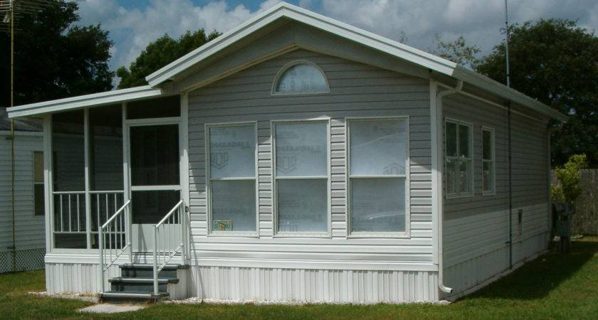 Homes Cardinal Silvercrest Manufactured Home