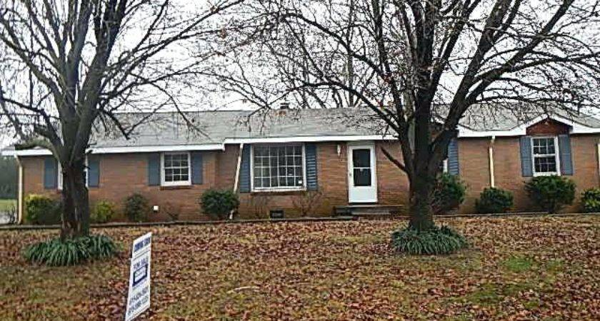 Houses Sale Hendersonville Foreclosure Home