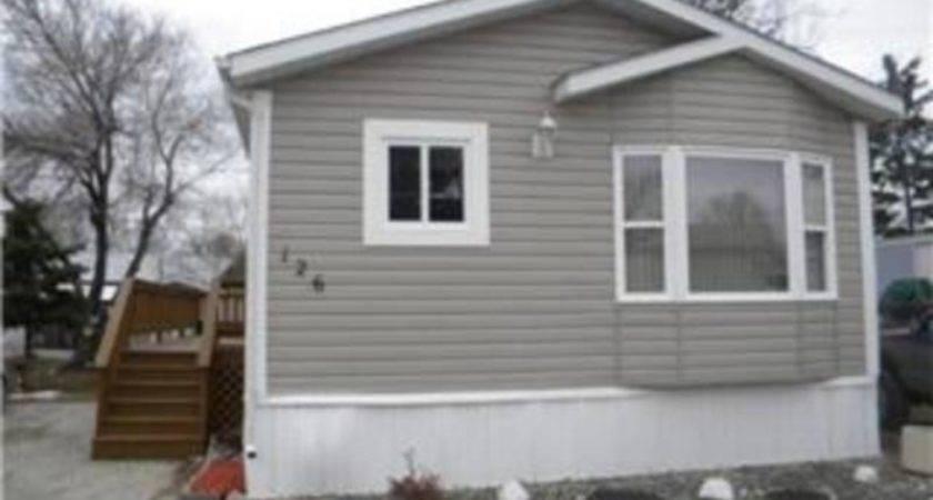 Immaculate Bedroom Mobile Home Winnipeg Manitoba Estates