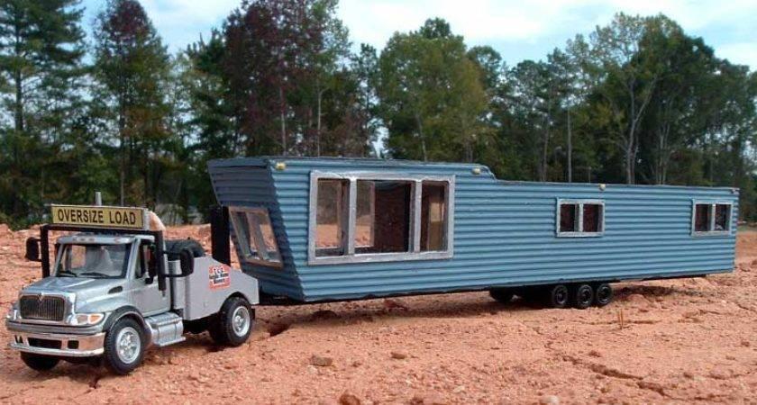 International Mobile Home Toter Kevin Presley