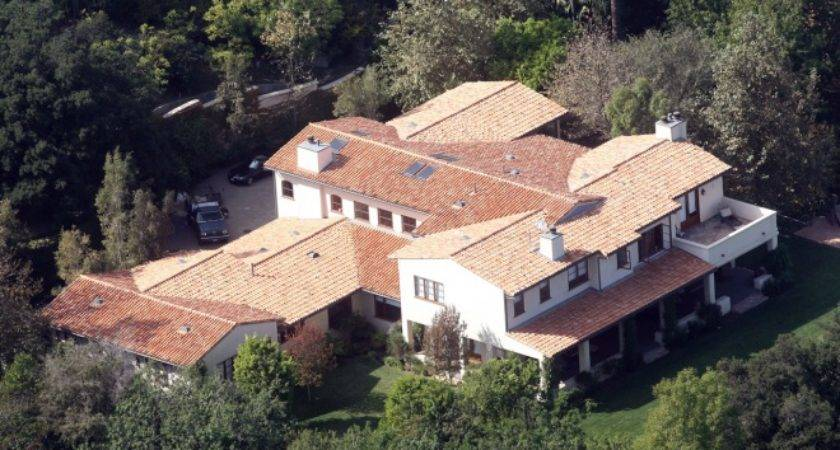 Land Timberlake Most Luxurious Hollywood Homes Hollyscoop