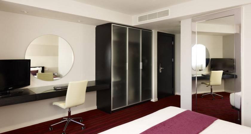 Leeds Accommodation Park Plaza Rooms