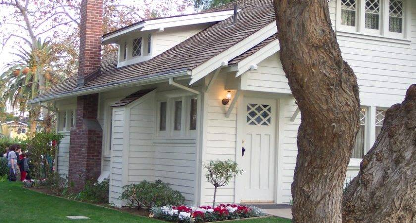 Linda Richard Nixon Library Childhood Home