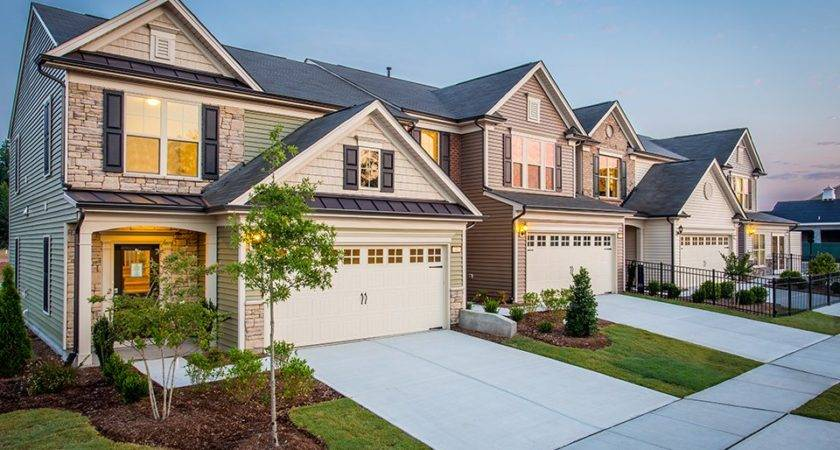 Merritt New Home Features Cary Pulte Homes Builders