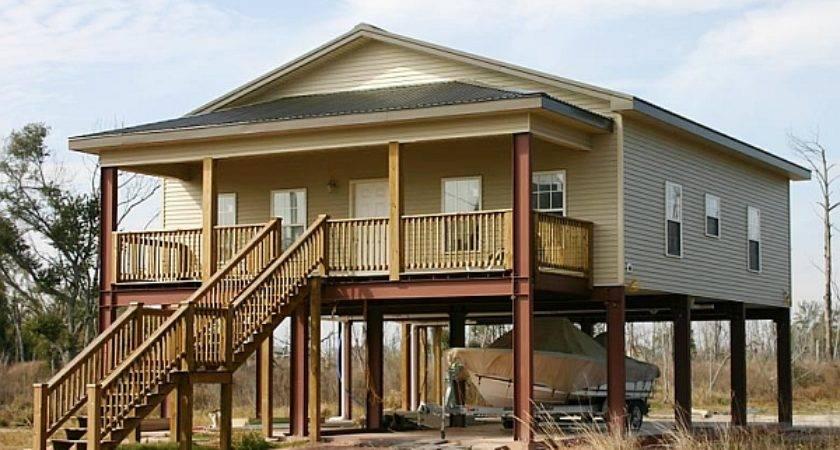 Metallic Structure Houses Designs Plans