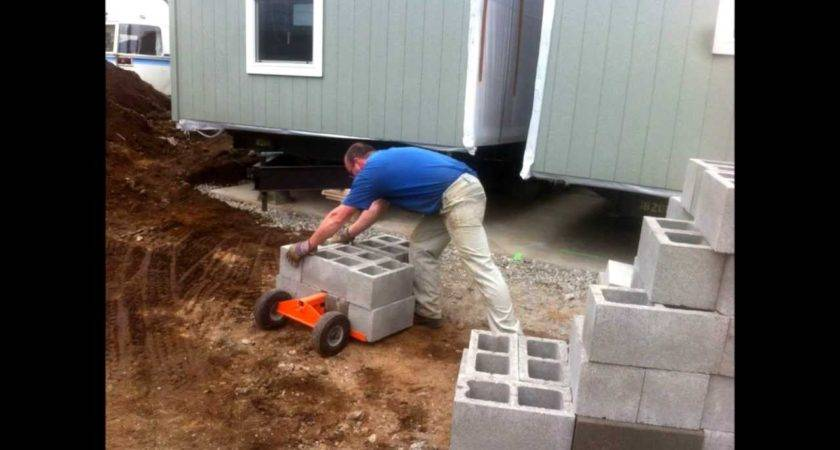Mobile Home Leveling Using Duraskirt Retrofit Cart Block