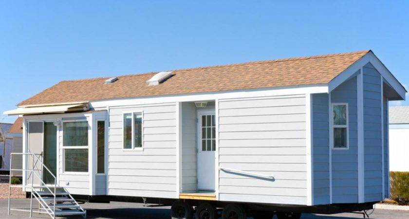 Mobile Homes Often Transported Flatbed Trailers