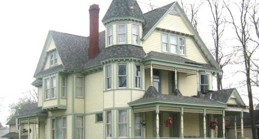 More Asheville Real Estate