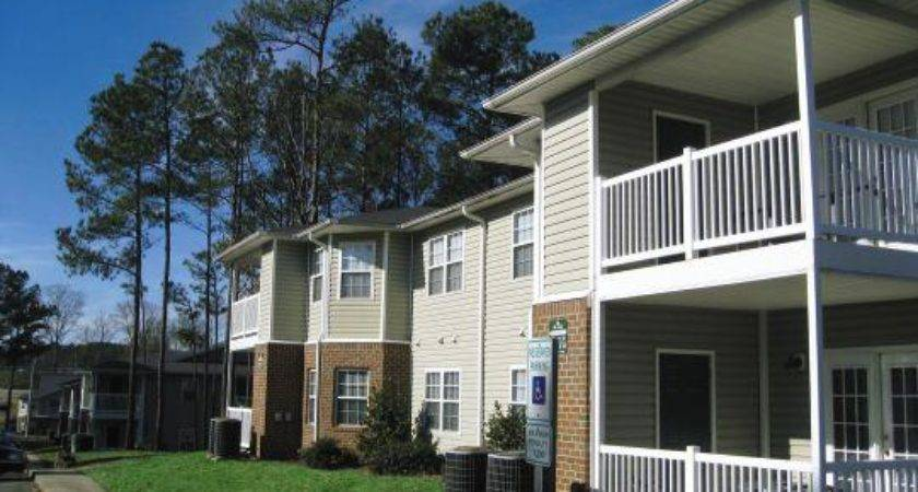 Oaks Apartment Homes Sanford Finder