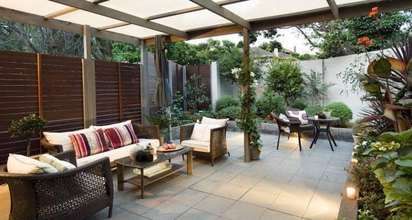 Outdoor Living Design Pergola Hedging Using Timber