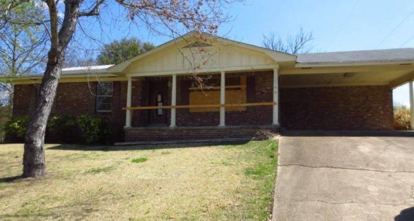 President Ave Tupelo Mississippi Reo Home