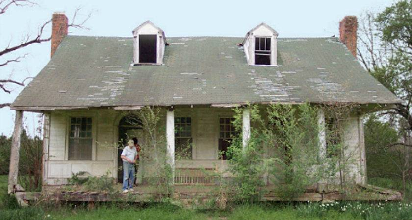 Reviving Old Plantation House Mississippi Hooked