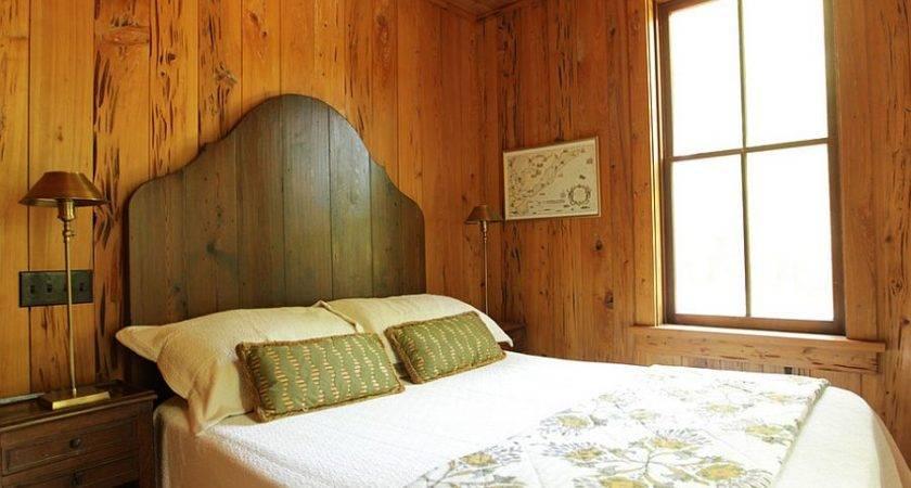Simple Wooden Headboard Adds Beauty Rustic Elegant