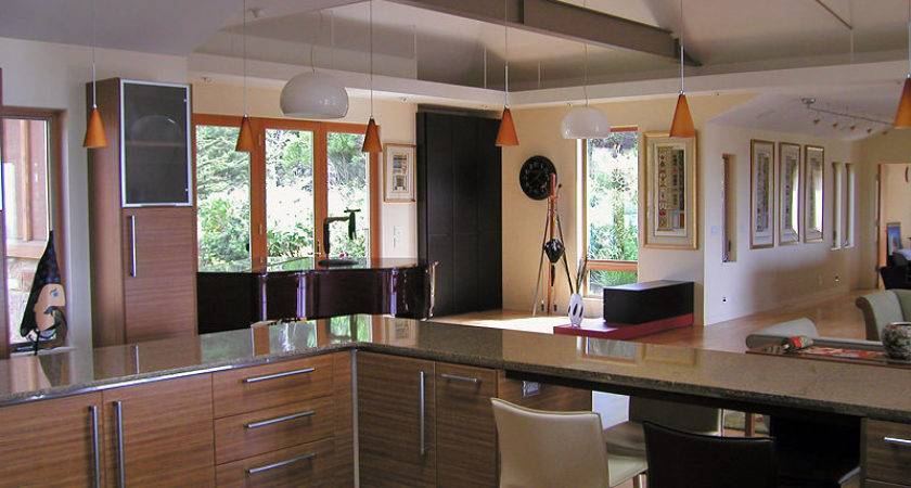 Strikingly Dramatic House Designed Perfect Harmony