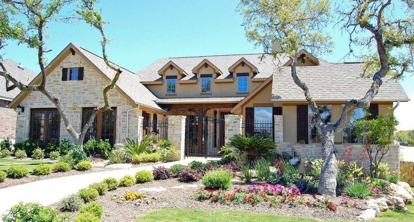Texas Builder Expands Commitment Leed Certification