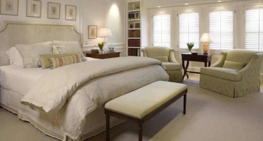 Traditional Master Bedroom San