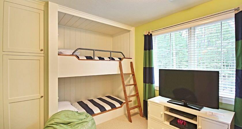 Tremendous Built Bunk Beds Decorating Ideas