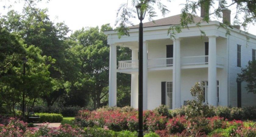 Waco Texas Earle Harrison House Pape Gardens