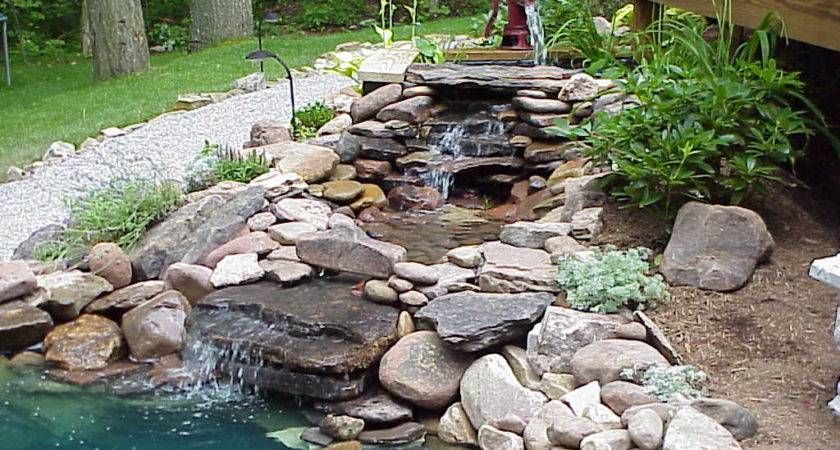 Water Feature Large Old Stones Plenty Grass Course