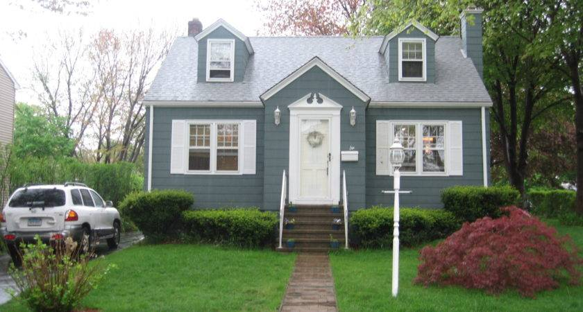 Well Dear Readers Here Our House Cute Little Cape Cod